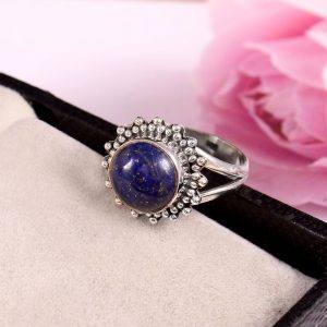 Natural Lapis lazuli & Solid 925 Sterling Silver Gemstone Ring - R 1325