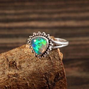 Gemstone Natural Ethiopian Opal 925 Sterling Silver Gemstone Ring - R625